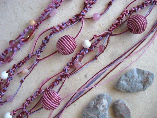 Rózsaszín makramé nyaklánc